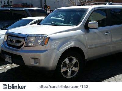 2011 Honda Pilot 2011 Honda PilotI have chosen to list this vehicle on Blinker Blinker offers ma