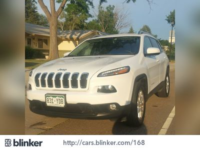 2015 Jeep Cherokee 2015 Jeep CherokeeI have chosen to list this vehicle on Blinker Blinker offer