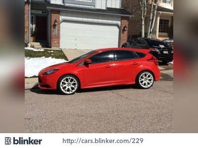 2014 Ford Focus 2014 Ford FocusI have chosen to list this vehicle on Blinker Blinker offers many