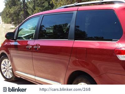 2011 Toyota Sienna 2011 Toyota SiennaI have chosen to list this vehicle on Blinker Blinker offer