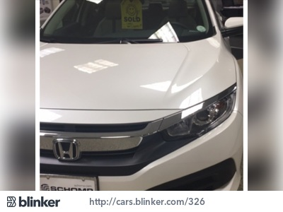 2016 Honda Civic 2016 Honda CivicI have chosen to list this vehicle on Blinker Blinker offers ma